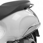 Achtervalbeugelset Vespa Primavera zwart wit accessoires